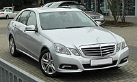 Mercedes-Benz E 200 CDI BlueEFFICIENCY Avantgarde (W 212) front 20110115.jpg