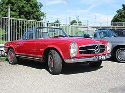 Mercedes-Benz W113 280Sl 1968.jpg