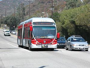 Metro Rapid bus on line 761 Los Angeles 2007-03.jpg