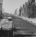 Metro in Rotterdam, de Coolsingel, in het midden het metrokanaal, Bestanddeelnr 915-2521.jpg