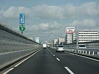 Metropolitan Expressway No. 7 Komatsugawa line up.jpg