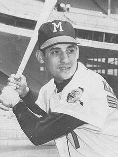 Mike de la Hoz Cuban baseball player