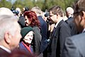Ministru prezidents Valdis Dombrovskis piedalās svinīgajā vainagu nolikšanas ceremonijā Rīgas Brāļu kapos, atzīmējot Nacisma sagrāves dienu un pieminot Otrajā pasaules karā bojāgājušos (7157231766).jpg