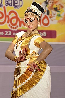 Mohiniyattam at Kannur district school kalothsavam 2019 6.jpg