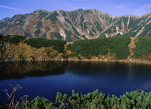 Mount Tate - Image: Mount Bessan from Murodō1994 10 09