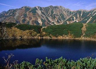 Mount Tate - Image: Mount Bessan from Murodō1994 10 09