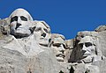 Mount Rushmore Closeup 2017.jpg