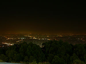 Mount Dandenong (Victoria) - View of Melbourne from the summit at night