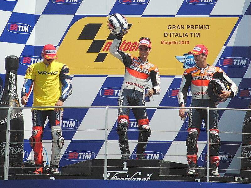 File:Mugello MotoGP podium 2010.jpg