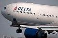 N802NW Delta Air Lines (Northwest) (4426873623).jpg