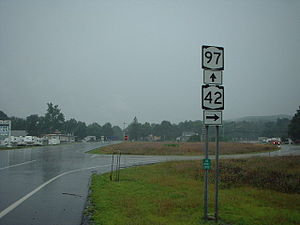 New York State Route 42 - NY 97 and NY 42 northbound at the two routes' split in the hamlet of Sparrowbush