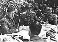 Narada niemieckich i włoskich oficerów na froncie w Aryce Północnej (2-2046).jpg