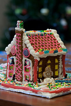 Neela's Gingerbread House 12-05-2009-4