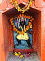 Niche with Idol - Outside Patalpuri Temple - Sangam Site - Allahabad - Uttar Pradesh - India (12588866405).jpg