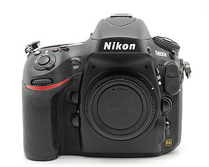 Nikon D800 - Image: Nikon D800E body only 01