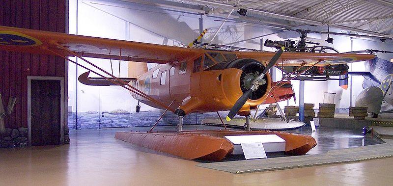 File:Noorduyn C-64 Norseman orange vl.jpg