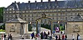 P1090041 France, Paris, entrée du Musée de l'Armée dans l'Hôtel des Invalides, boulevard La Tour-Maubourg (5629758156).jpg