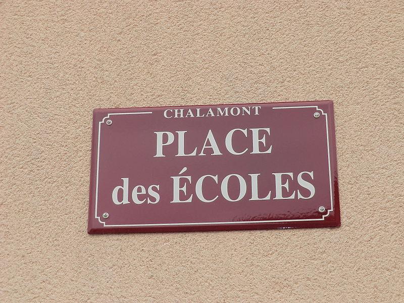 Panneau Place des écoles (Chalamont).