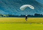 Paraglider (30821804988).jpg