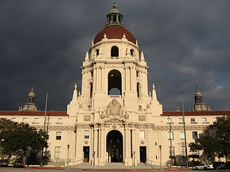 Parks and Recreation - The exterior of the Pawnee government building, and several of the hallway scenes, were shot at Pasadena City Hall (pictured).