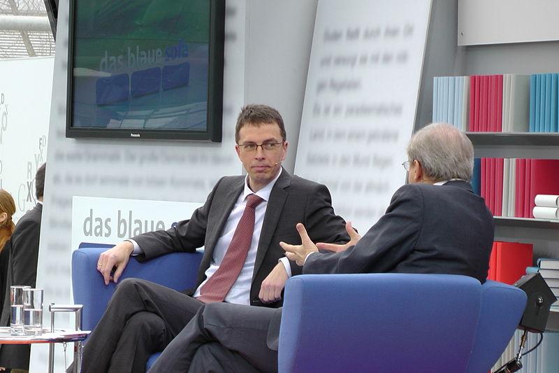 File:Paul Nolte auf dem Blauen Sofa der LBM 2012.jpg
