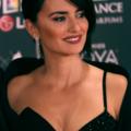 Penélope Cruz in Goya Awards 2017.png