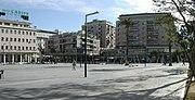 http://de.wikipedia.org/w/index.php?title=Bild:Pescara_Piazza_Salotto000P.jpg&filetimestamp=20080108190122