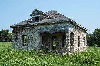 Phenix, Missouri - Old house near the quarry