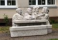 Pirmasens-Pettenkoferstr. 10-Altersheim-ehemaliges Krankenhaus-14-Skulptur Achim Ribbeck 1993-gje.jpg