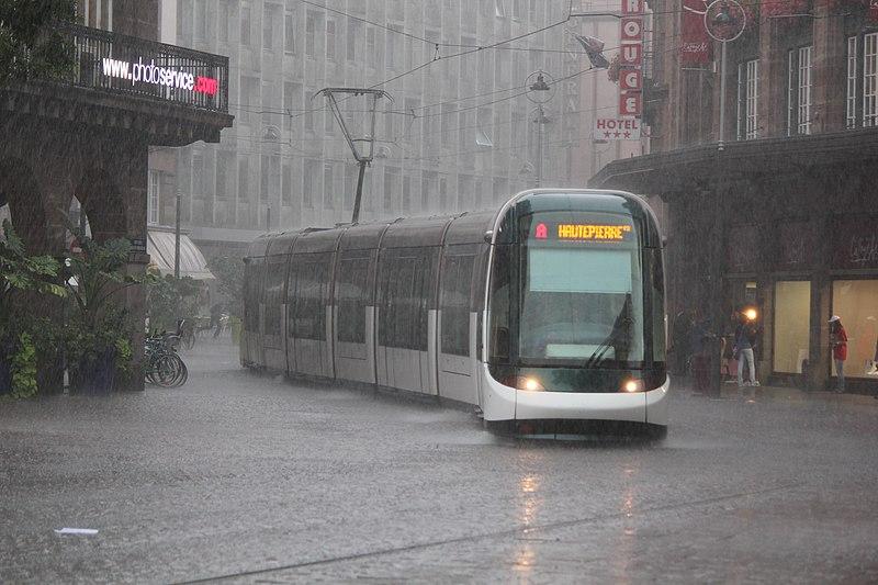 File:Pluie Alsacienne.JPG