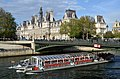 Pont d'Arcole et Hotel de ville de Paris DSC 0046.JPG