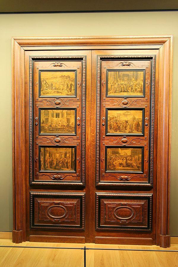 Porte à six panneaux