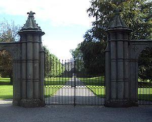 Portumna - Portumna Castle gates