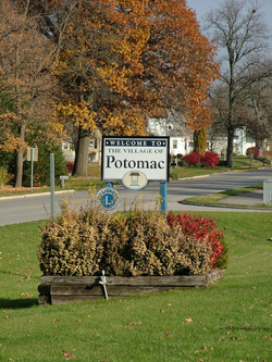 Welcome signs in Potomac