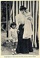 Prinzessin Rupprecht von Bayern mit ihren Söhnen Luitpold und Albrecht, 1905.jpg