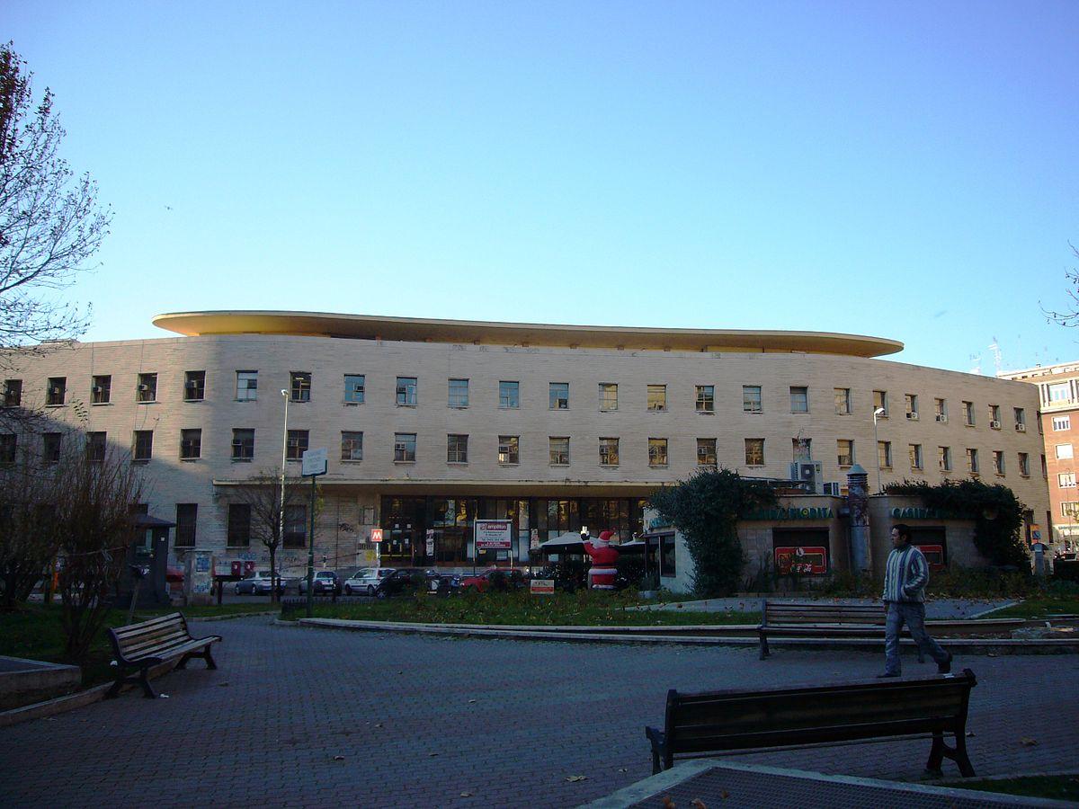 Fil: Q05 - piazza Bologna 1000729.JPG