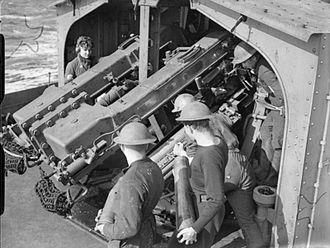 QF 4.7-inch Mk IX & XII naval gun - Image: QF 4.7 inch Mk XII guns HMS Javelin 1940 IWM A 291