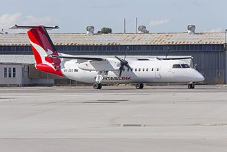 QantasLink - Bombardier Q300 in new livery at Wagga Wagga Airport