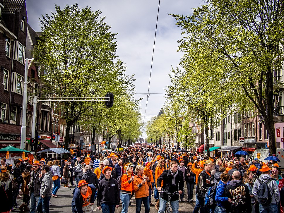 Queen's Day in Amsterdam 2013 (8697415382)
