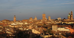 English: Skyline of Reggio Emilia, Italy