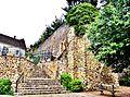 Restes de la muraille médiévale, sous la tour de la Magdeleine.jpg