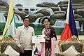 Rodrigo Duterte and Burmese State Counsellor Aung San Suu Kyi 03.jpg