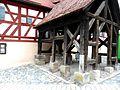 Rosstal-Brunnenhaus (Ziehbrunnen) im Vorfeld Südwest-28052012.JPG