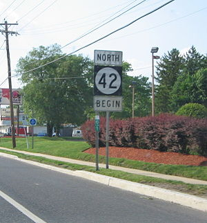 New Jersey Route 42 - Sign marking the beginning of northbound Route 42 on the Black Horse Pike just north of its southern terminus at US 322/CR 536 Spur