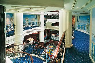 Royal Clipper - Image: Royal Clipper Lobby
