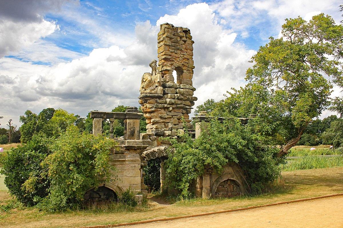 Ruin, Shugborough Hall.jpg