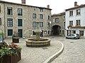 Saint-Didier-en-Velay Grand'PLace1.JPG