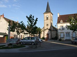 The church and surroundings in Saint-Bérain-sur-Dheune