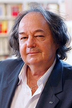 Salon du livre de Paris 2011 - Gonzague Saint Bris.jpg