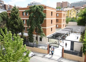 Saint Louis University Madrid Campus - Image: San Ignacio Hall